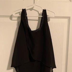Cute little top in black